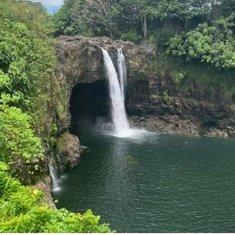 Hilo, Hawaii - Rainbow Falls