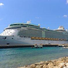 Freedom of the Seas docked at Aruba