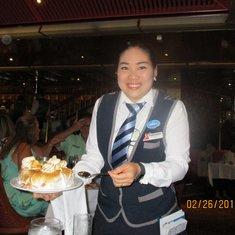 Thanyasorn best head waiter