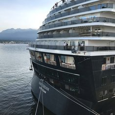 Nieuw Amsterdam Cruise